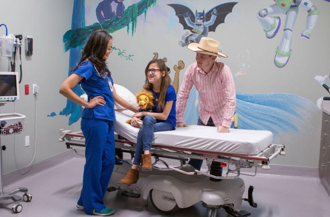 fun with kids in kid's emergency room